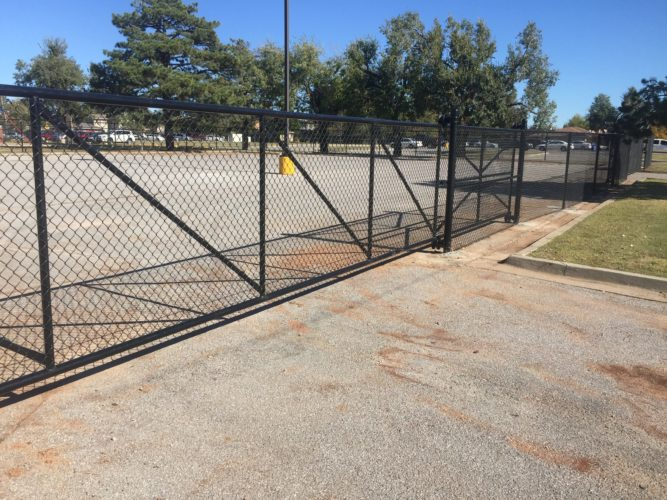 mercial and Industrial Fence Installation in Oklahoma