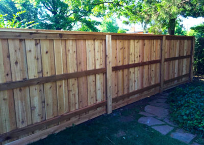 6' Custom Cedar Board on Board Privacy Fence With Cap and Trim