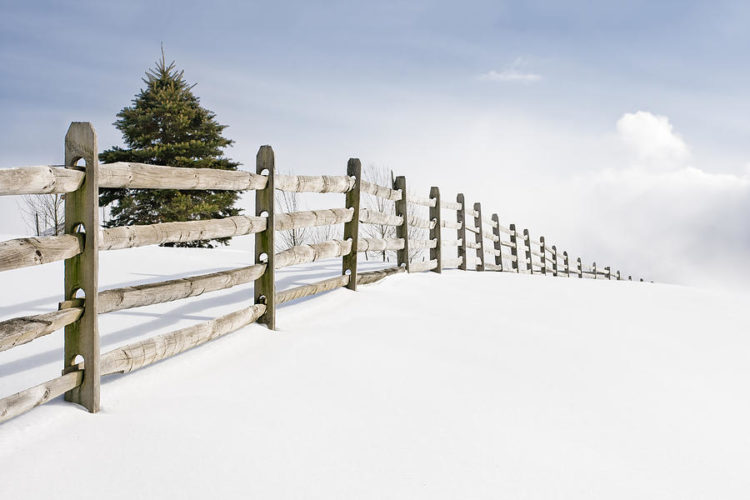 Benefits to Installing a New Fence During Winter