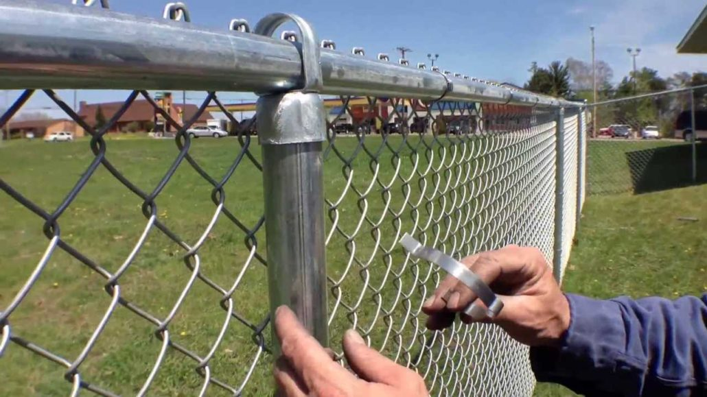 Have your fence installed by a professional central Oklahoma Fence Contractor | FenceOKC.com